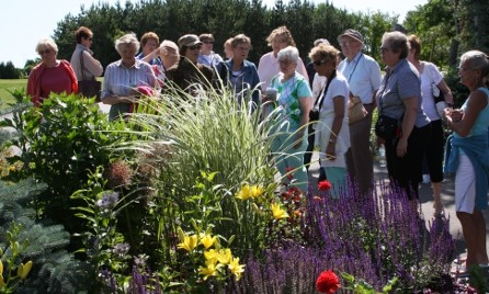Group Tour at Plant Paradise Country Gardens